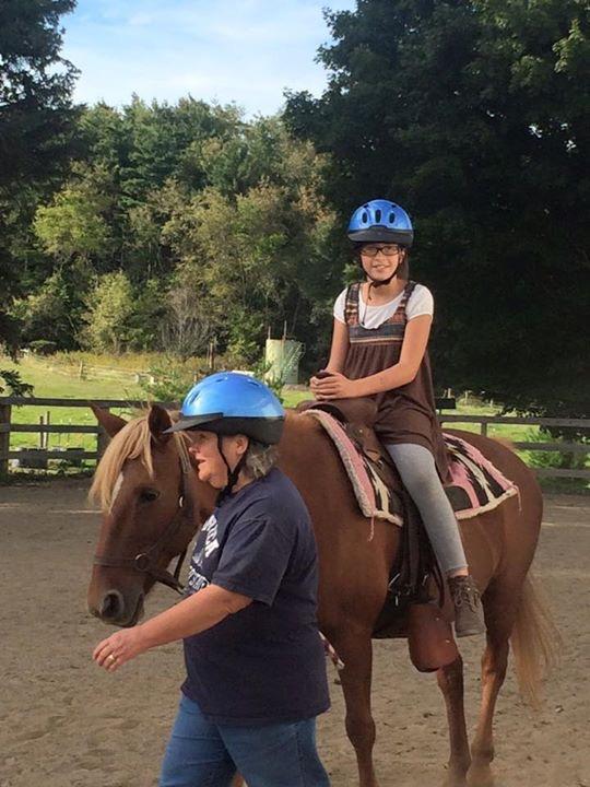 H pony rides